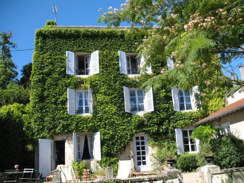 Au fil des mots - Maison d'hôtes Montmorillon1