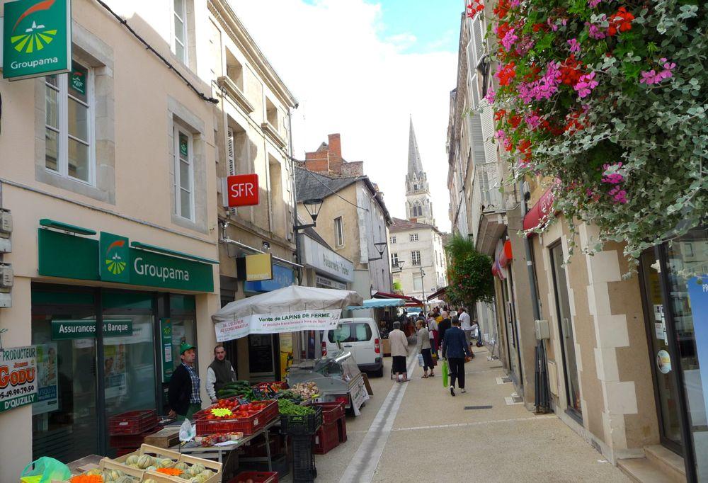 marche-montmorillon-grand-rue