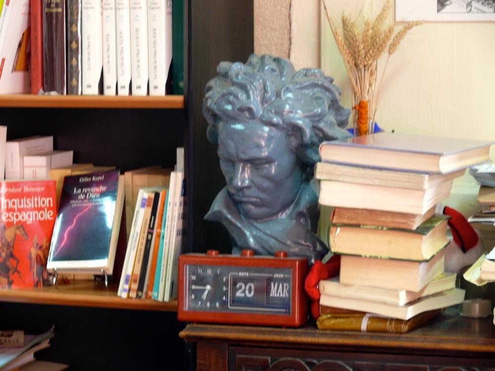 Librairie de l'Octogone - Montmorillon-21