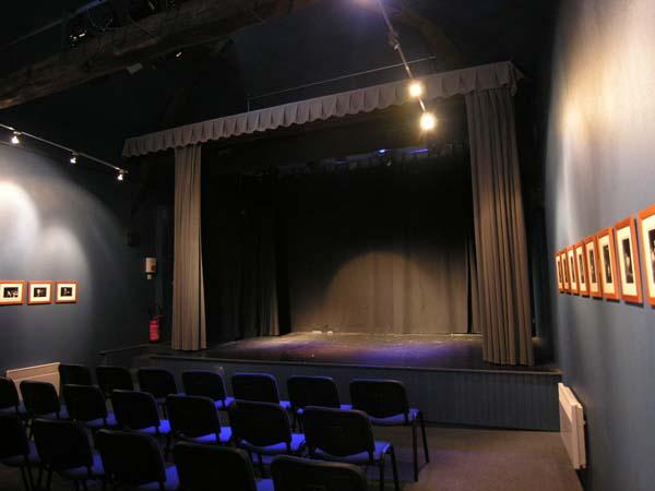 salle théâtre intérieure